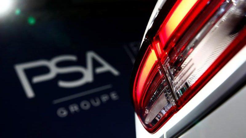 PSA isi va suspenda joint venturile din Iran