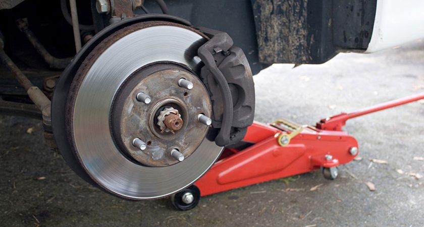 Cum se stabilesc preturile la piese auto?