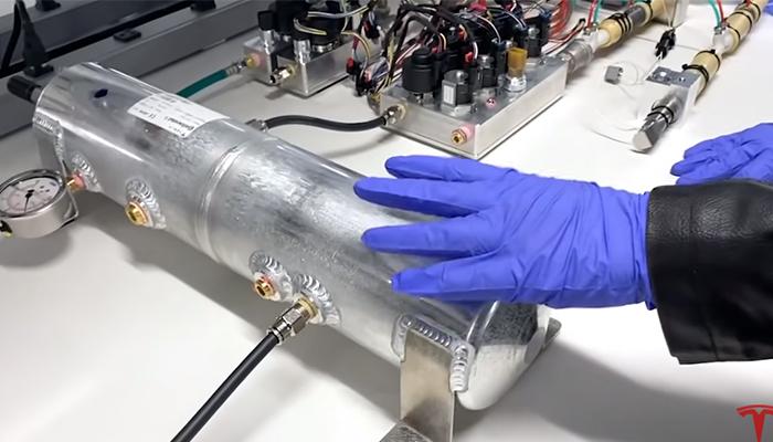 Tesla foloseste componente ale Model 3 pentru a construi ventilatoare