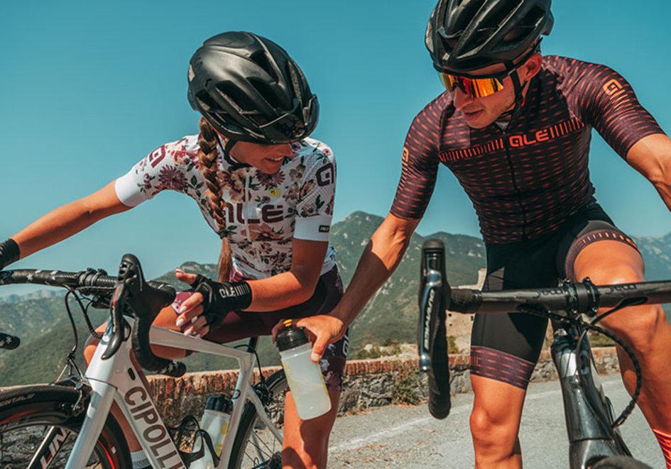 De ce accesorii are nevoie un ciclist?