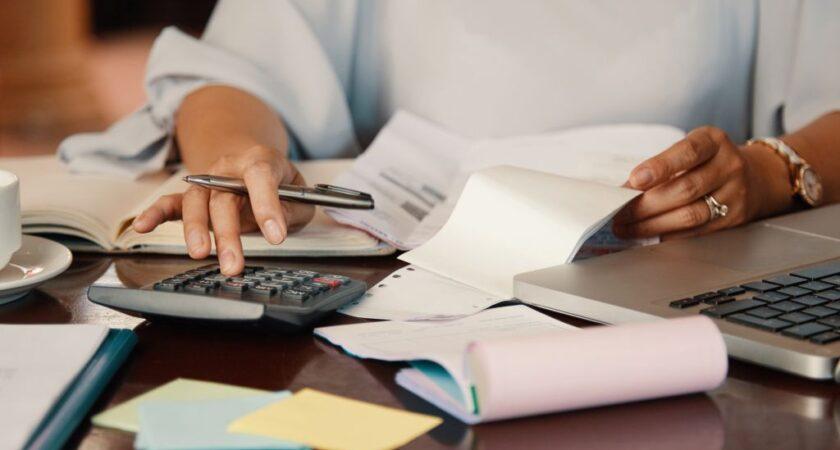 Motive pentru care afacerea ta are nevoie de un contabil