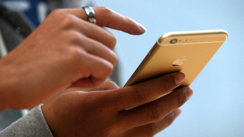 5 aspecte la care sa fii atent/a atunci cand iti schimbi telefonul mobil