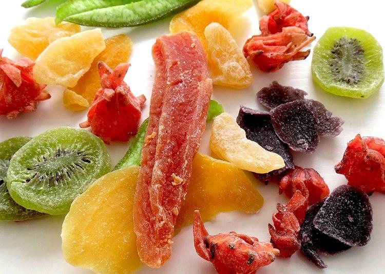 De ce ar trebui sa mananci fructe uscate?